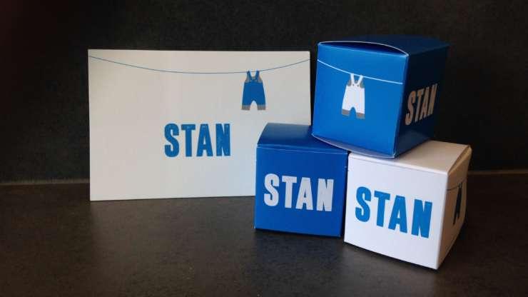 Geboortekaartje en doosjes Stan